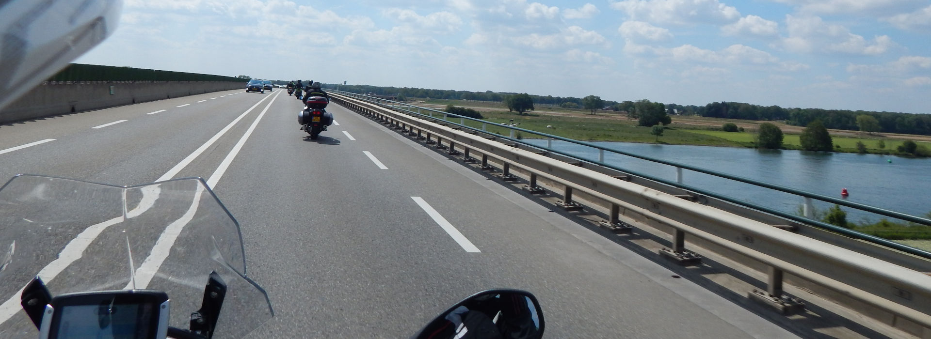 Motorrijschool Motorrijbewijspoint Surhuisterveen motorrijlessen