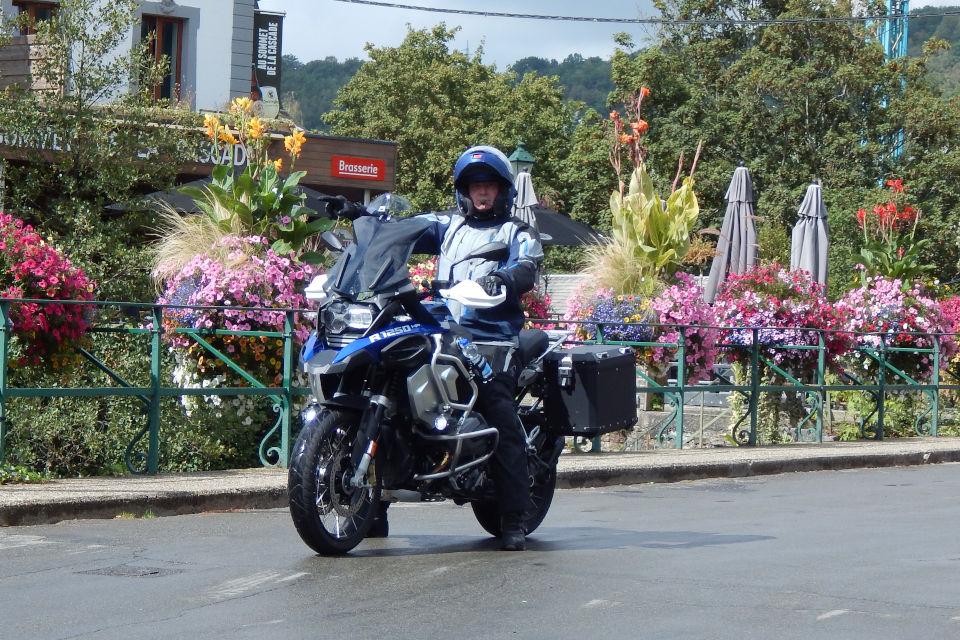 Motorrijbewijspoint Friesland examengarantie AVB en AVD